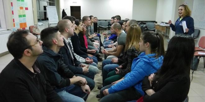НМФ организира локални академии за млади лидери